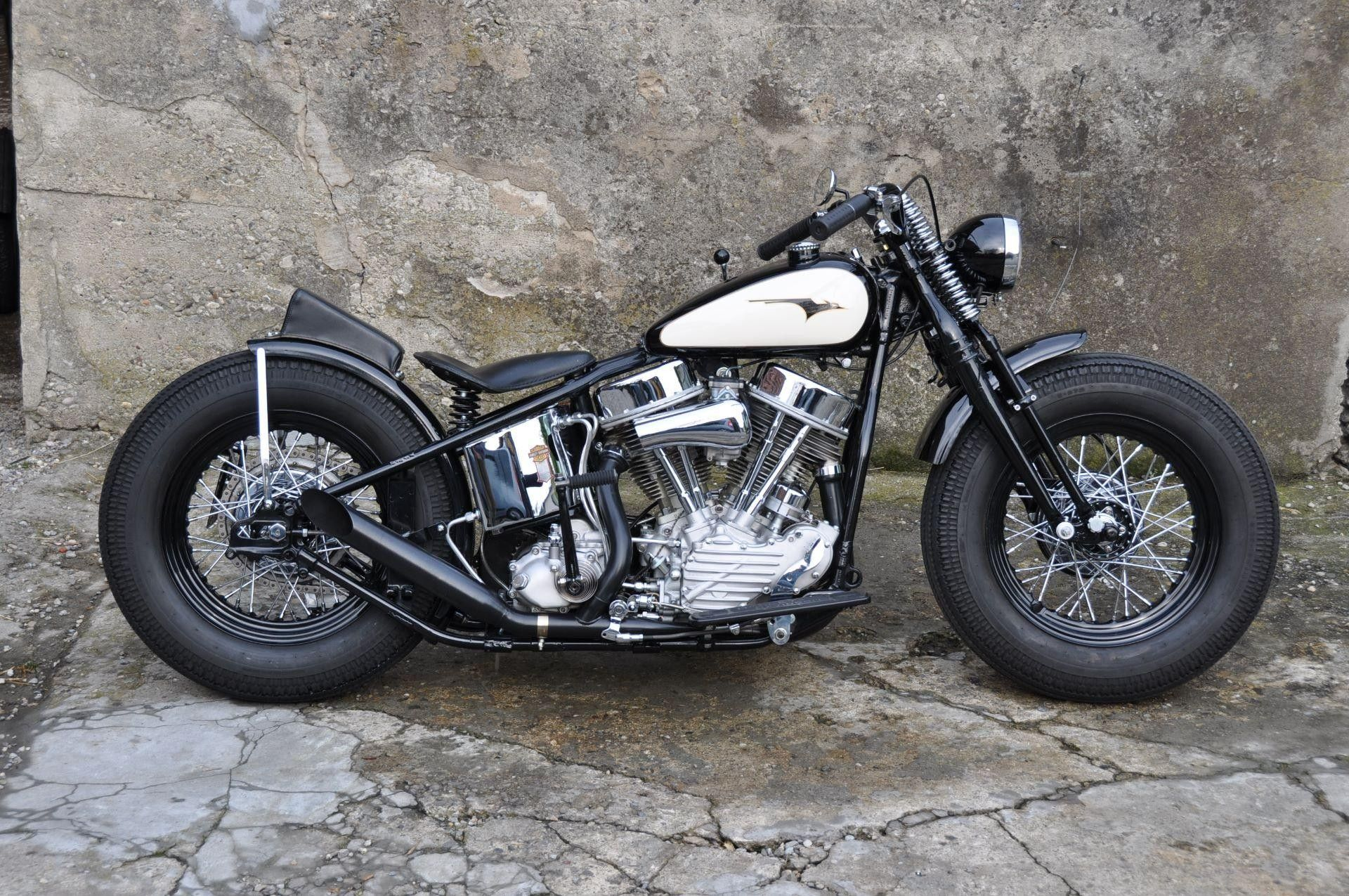 motorrad oldtimer kaufen harley davidson panhead bobber 1207 ccm baujahr 1948 professionell. Black Bedroom Furniture Sets. Home Design Ideas