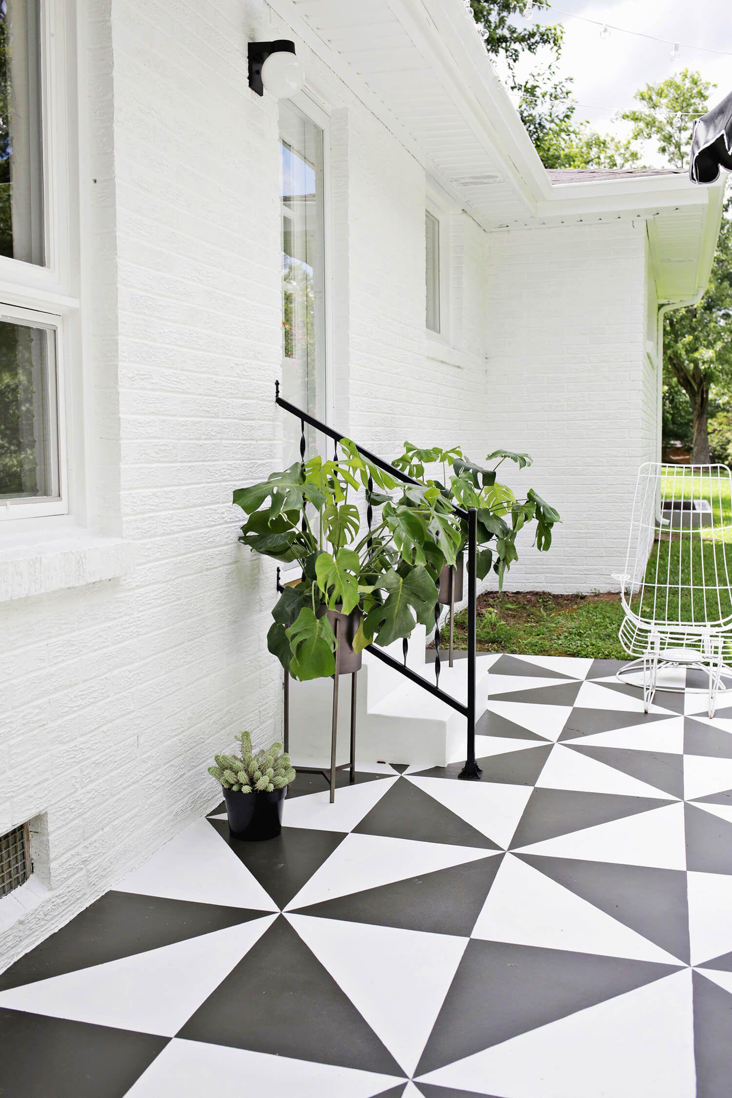 Diy pinta el suelo de tu terraza patio tiles patios for Decoracion patios exteriores