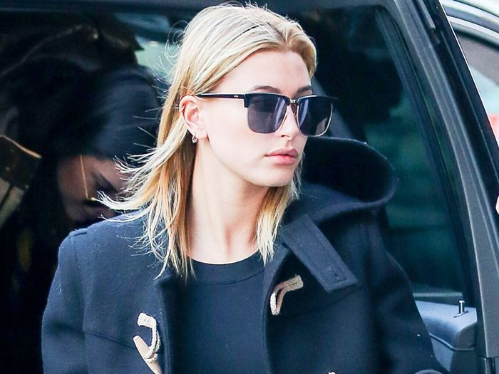 Hailey Baldwin Revealed The Best Type Of Skinny Jeans