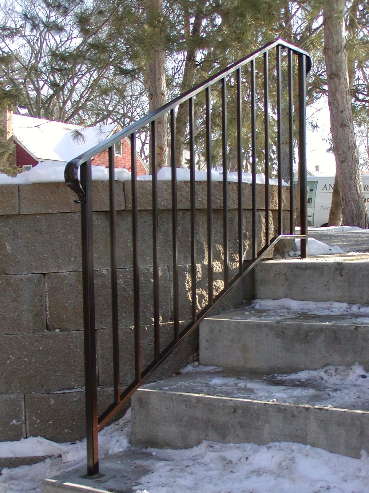 Best Iron Step Railing With Simple 1 2 Square Spoke Design 400 x 300