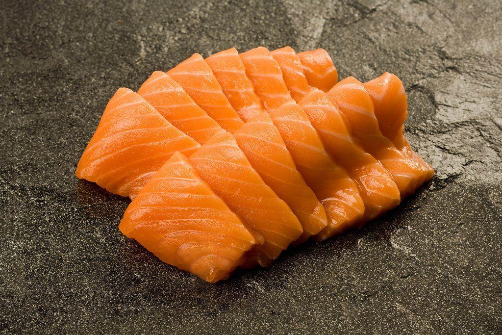 Frozen Farmed SAIKOU Sushi Grade Mt. Cook Salmon Fillet