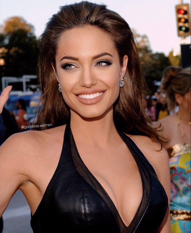 Angelina Jolie My Pretty Angelina Angelinajolie Beautifulcelebrities Finejewelry Ge Angelina Jolie Makeup Angelina Jolie Pictures Angelina Jolie