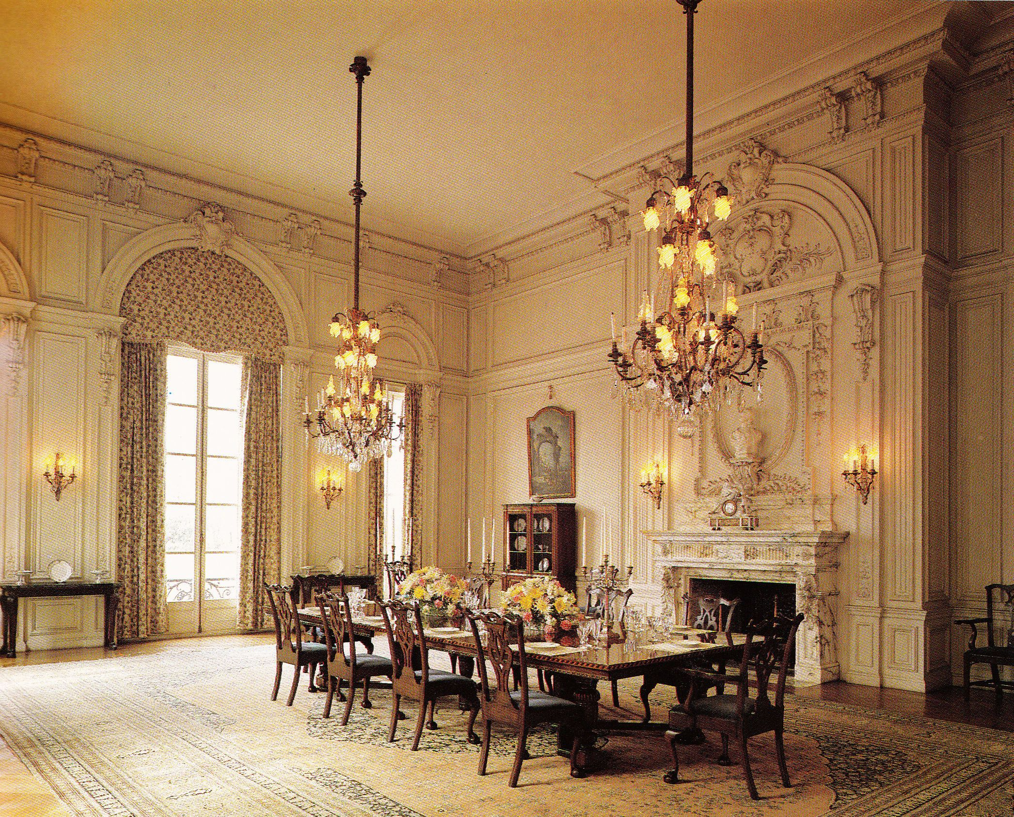 Rosecliff Dining Room Originally The Lower Wall Panels Were - Fancy dining room