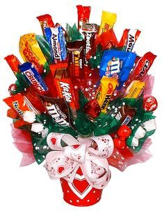 Christmas Candy Gift Baskets | candy gift ideas | Pinterest | Gifts ...