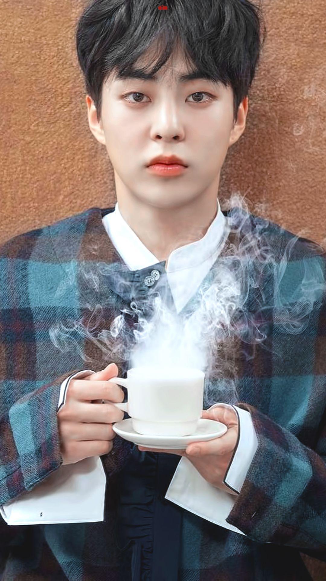 /EDIT/ #EXO #WINTER #Cafe_Universe #XIUMIN | lockscreen ...