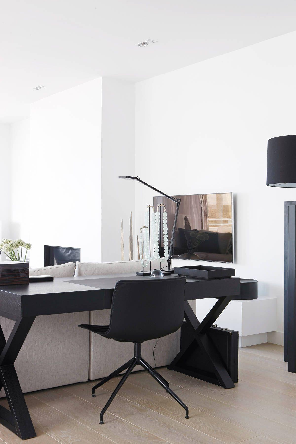 Foto\'s van een moderne woonkamer: appartement aan zee | Interior ...