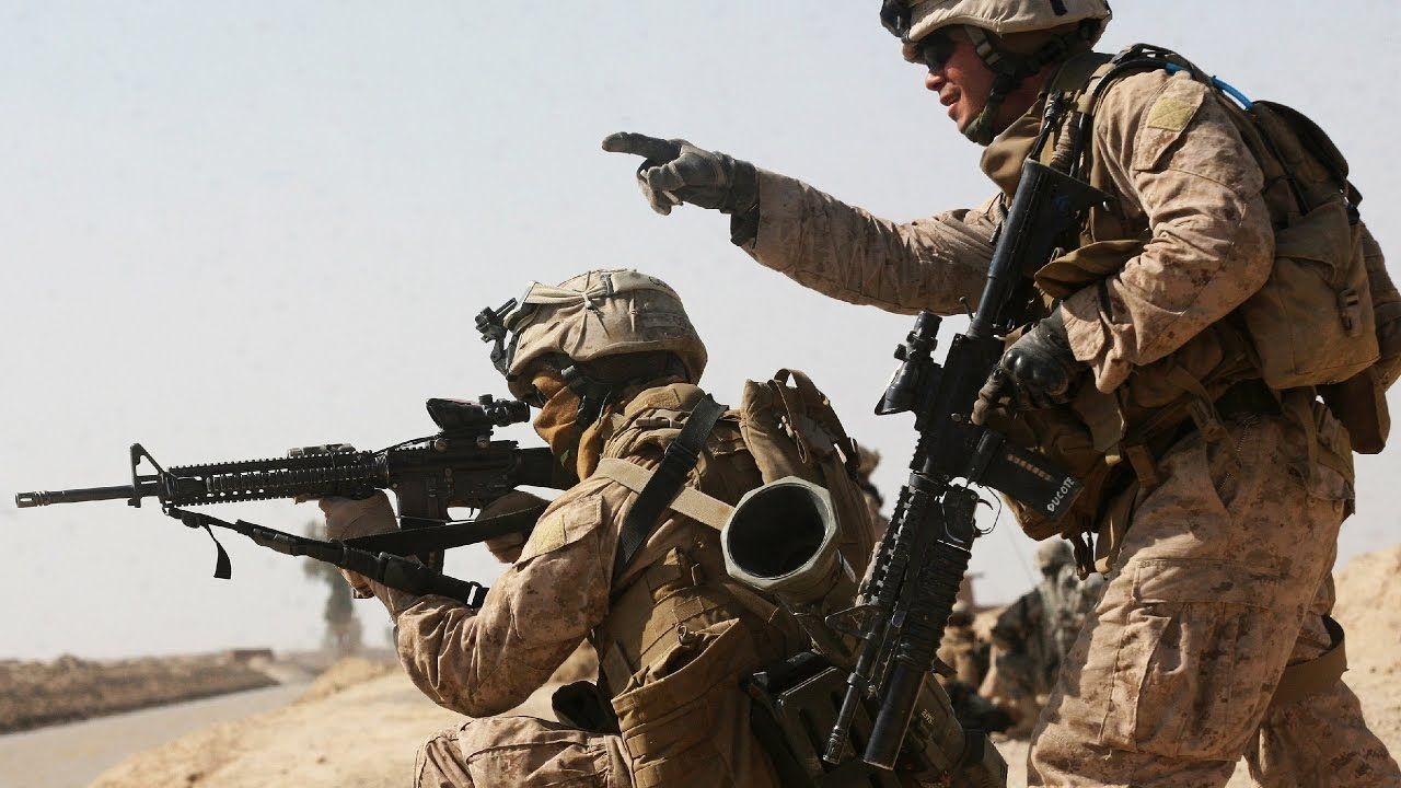 Us Marines Engage In Battle With The Taliban Afghanistan War Combat Afghanistan War Us Marines Marines