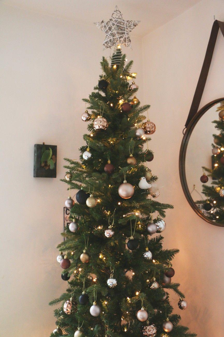 Christmas Home Touches Christmas Tree Inspiration Artificial Christmas Wreaths Christmas Home