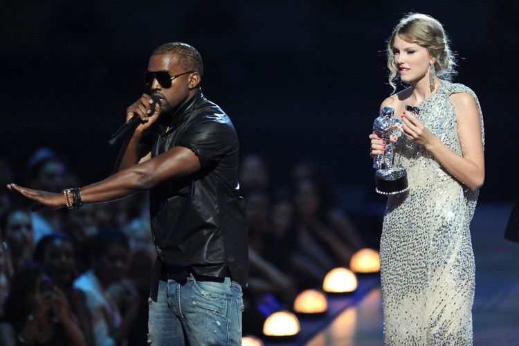 Taylor Swift Shares Diary Entry About Kanye West Vma Incident Taylor Swift Kanye West Taylor Swift New Song Kanye West
