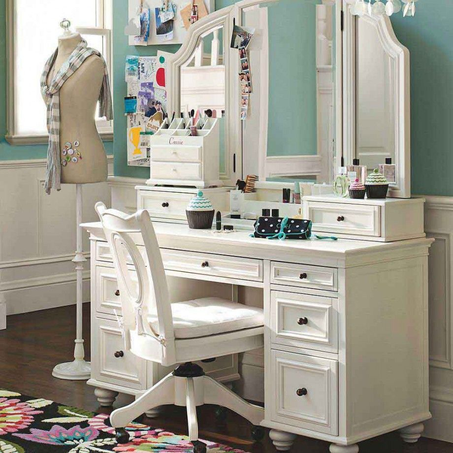 Sketch of modern dressing table with mirror vintage and Small makeup vanity