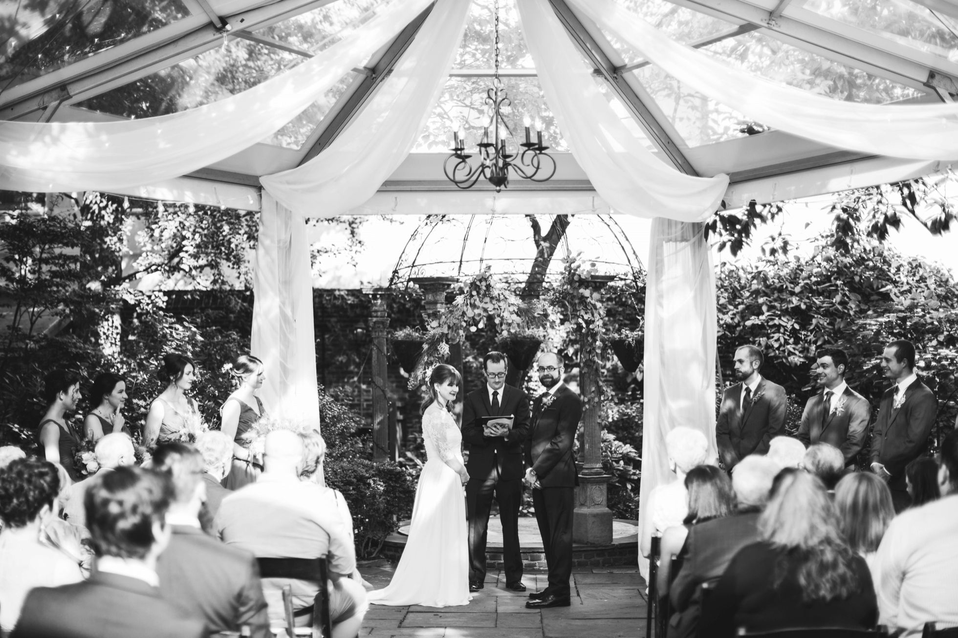 Outdoor Philadelphia Garden Wedding - Morris House Hotel ...