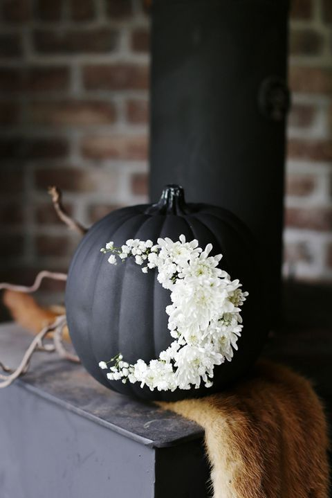 30+ Pumpkin Painting Ideas for a Colorful Halloween #pumpkinpaintingideas