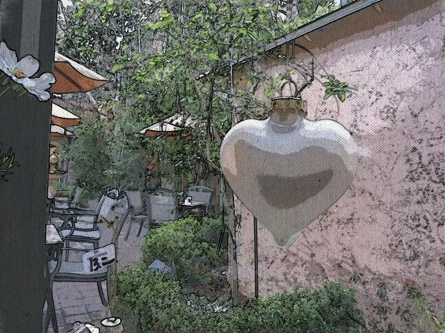 In the window of The Bistro on Park Avenue.  Valentine's Day is just weeks away!  Time to plan for the perfect romantic environment! #BistroOnpaRkavenue #heart #hearts #ValentinesDay #ValentinesDayWP #ILUVWINTERPARK #ILUVPARKAVENUE