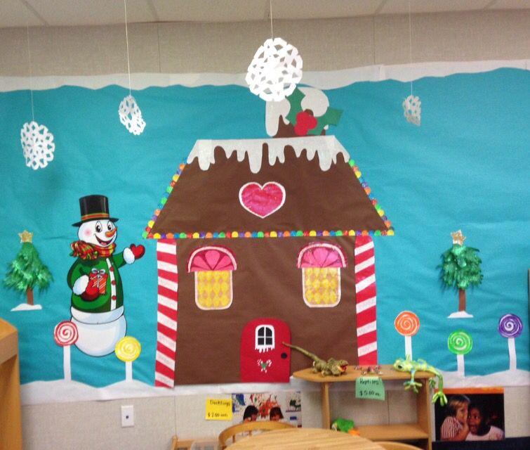 Board Decoration For Christmas: Gingerbread House Bulletin Board Idea.