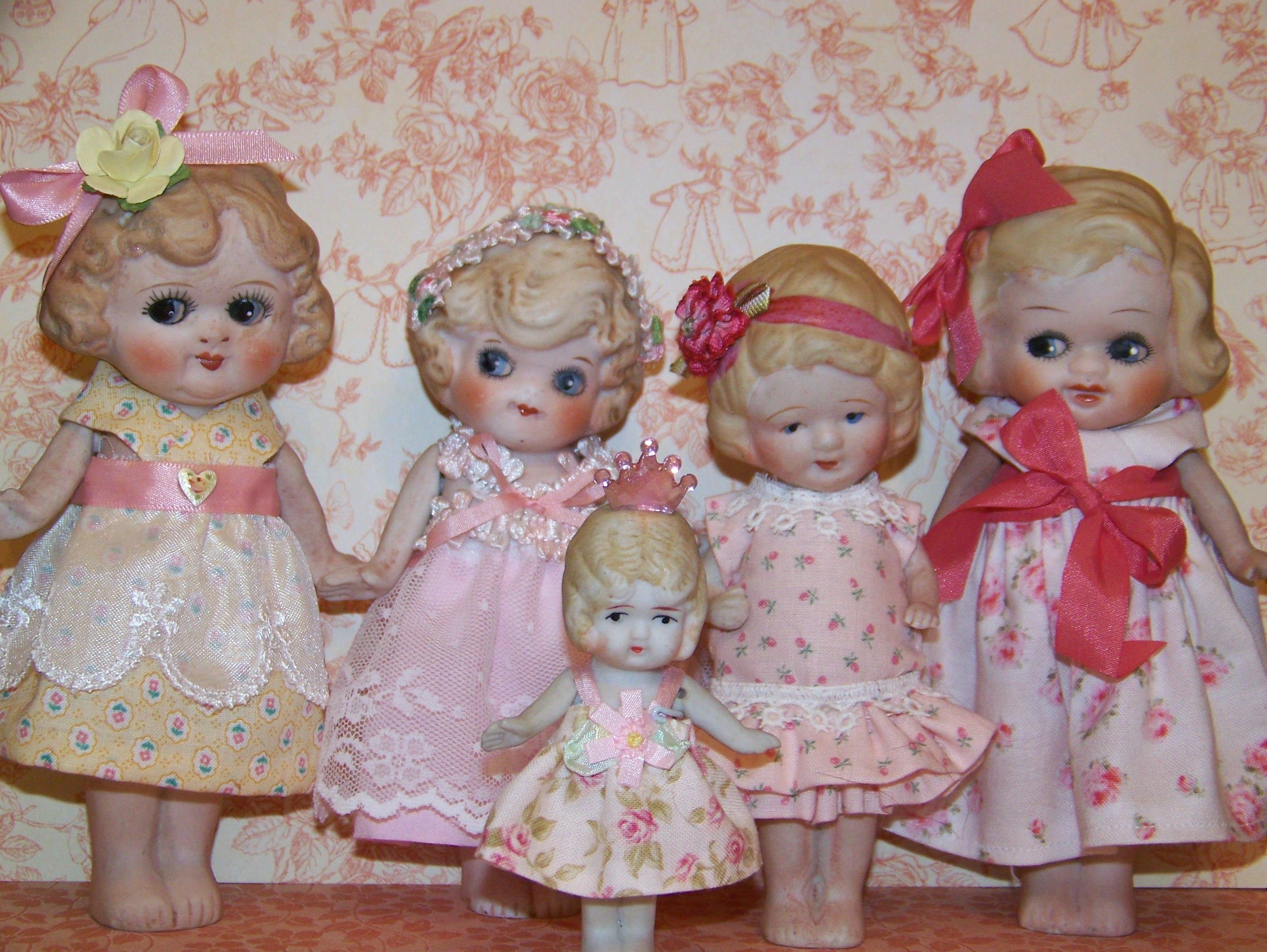 A gaggle of googlies! 5 Made In Japan dolls that I made new dresses for. So Sweet! Marcie Hart - A Work Of Hart