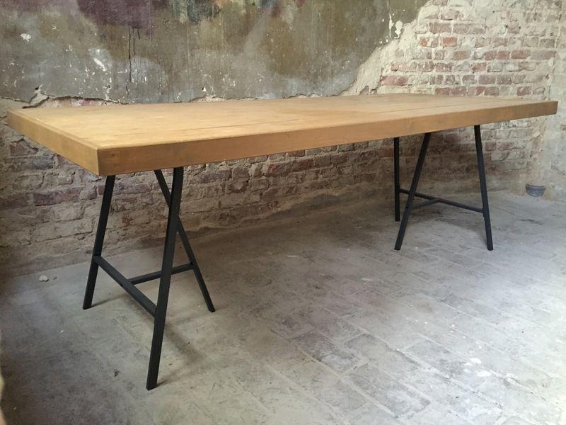 Wohnzimmertisch rustikal ~ Altholztisch tisch altholz alte eiche rustikal massiv esstisch