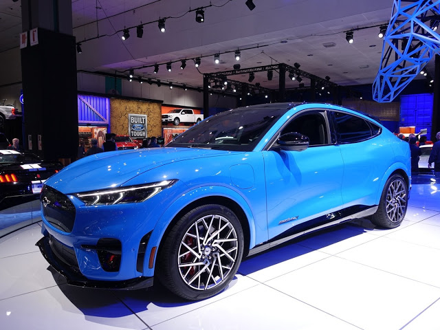 NEW 2021 FORD ELECTRIC MUSTANG MACH E SPORT UTILITY