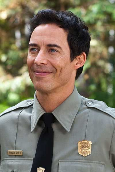 tom cavanagh height