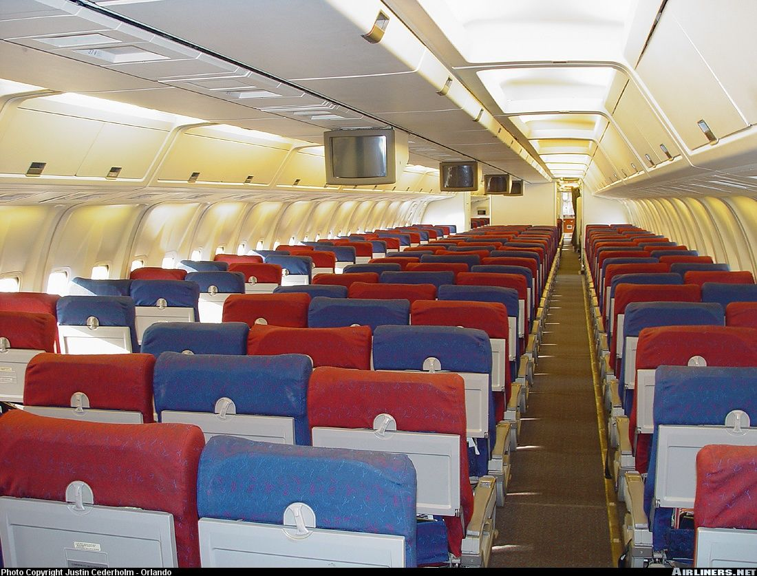 TWA L1011 First Class Cabin   Aircraft interiors, Vintage ...  Twa 747 Cabin