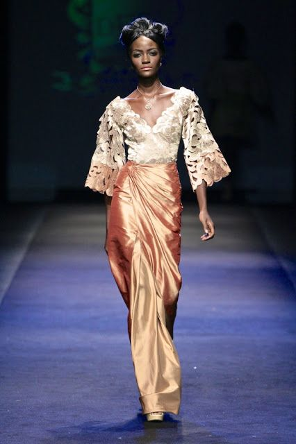 "Deola Sagoe @ShopDeolaSagoe ""Komole"" Collection at 2012 Mercedes Benz Fashion Week Africa. #Nigerian #Nigeria #AfricanDesigners #AfriDesigners #AfricanFashion #MadeInAfrica #BuyAfrican #ShopAfrican #Africa #Fashion #Style"