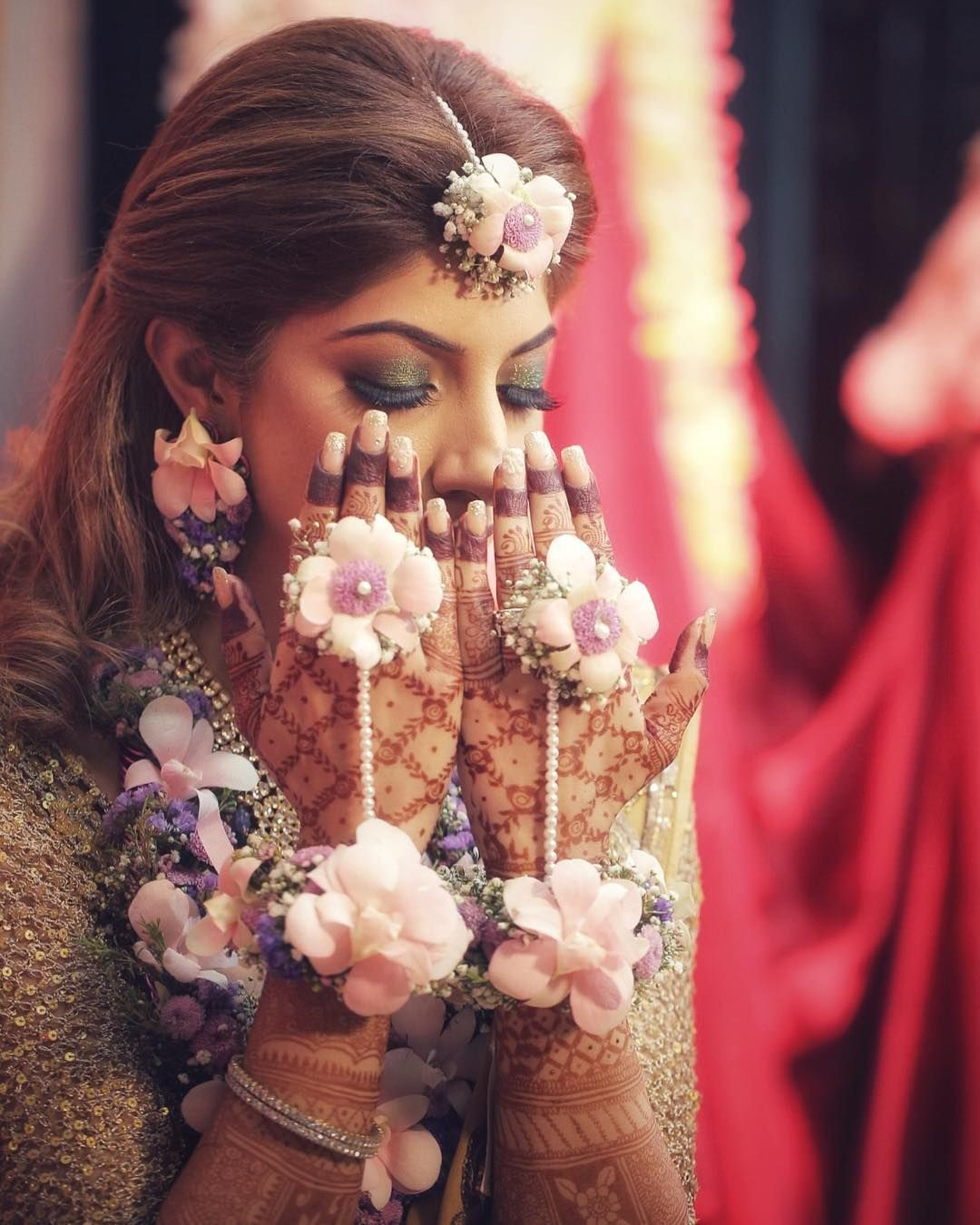 40 Stunning Floral Jewellery Designs For Every Bride To Be Wedding Flower Jewelry Fresh Flower Jewelry Winter Bridal Jewelry
