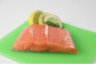 How To Bake A 2 5 Lb Salmon Fillet Ehow Com Cook Frozen Salmon Frozen Salmon Frozen Salmon Recipe