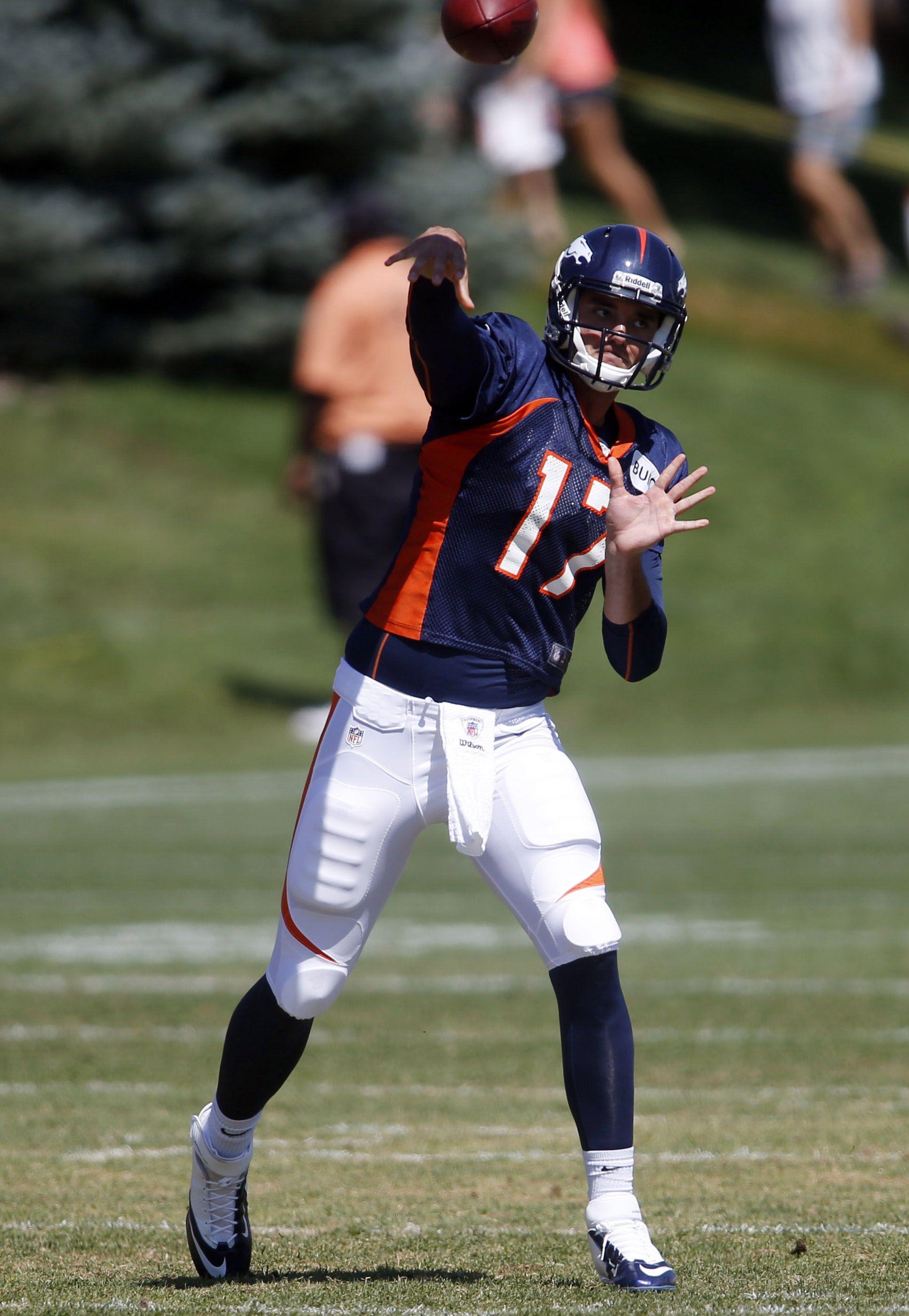 Denver Broncos Quarterback Brock Osweiler Throws The Ball During Training Camp At The Broncos Training Fac Broncos Football Denver Broncos Quarterbacks Broncos