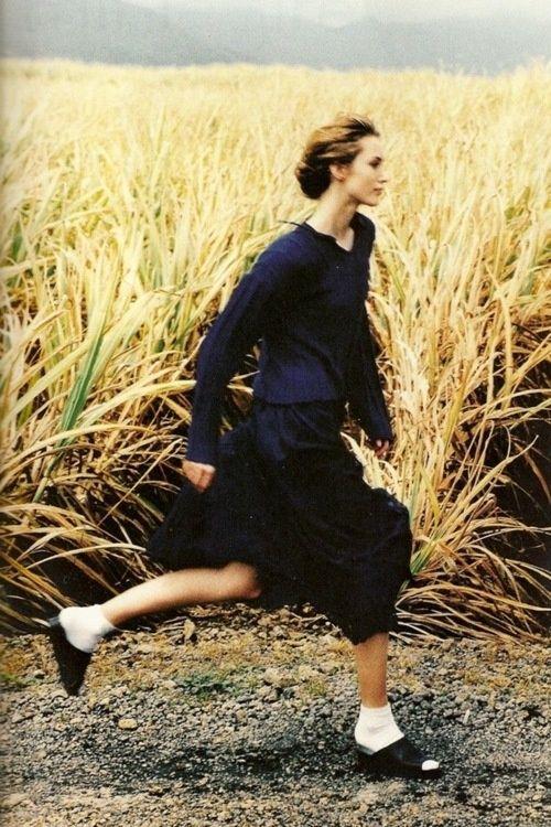 Bleus de Chine - Cecilia Chancellor photographed by Mikael Jansson for Vogue Paris, March 1994