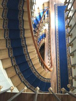 Epingle Sur Tapis D Escaliers Et De Passage Stair Carpet Runners And Carpet Runners