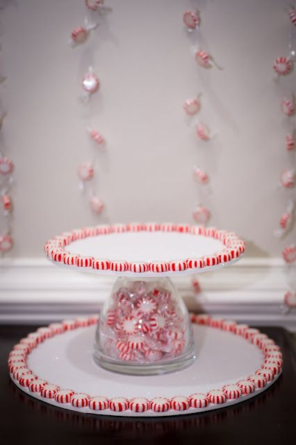 25 Diy Christmas Crafts Using Candy Canes And Peppermints Peppermint Cupcakes Homemade Cake Stands Christmas Goodies