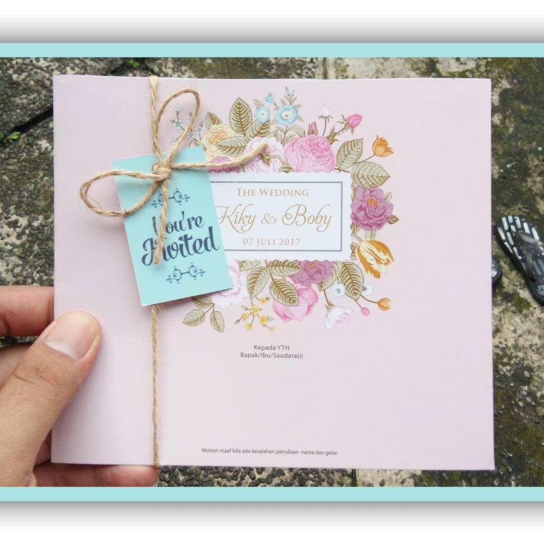 Undangan Pink Motif Bunga Dengan Tali Rami Talirami Undangan Vintage Pink Undangan Pernikahan Undangan Pernikahan