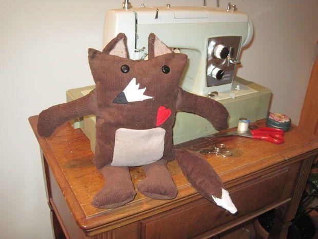 LilyPad Arduino Stuffed Fox Toy #plushie #soft_circuits