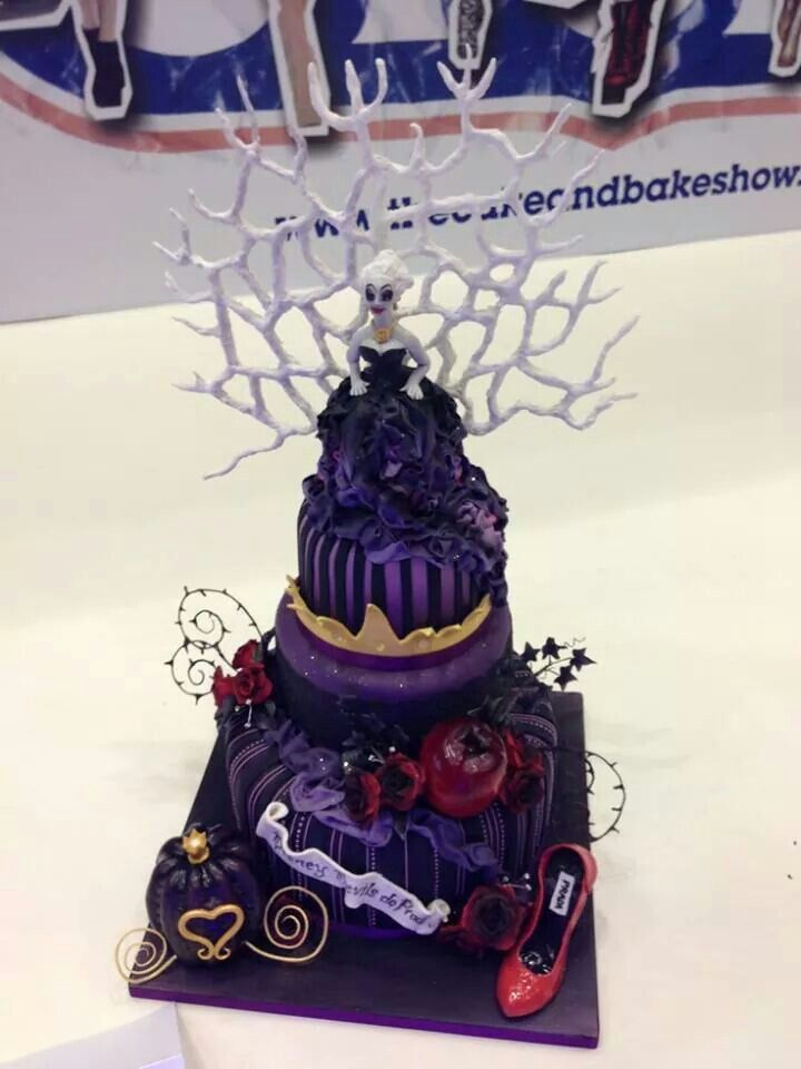 Awesome Disney Villain Cake Disney Villians Halloween Party