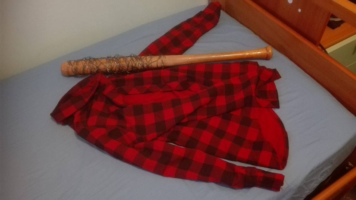 Mick Foley Wwe Kit Cosplay Https Www Etsy Com It Your Shops Yutercosplay Tools Yutercosplay It Listings View Table 290847545