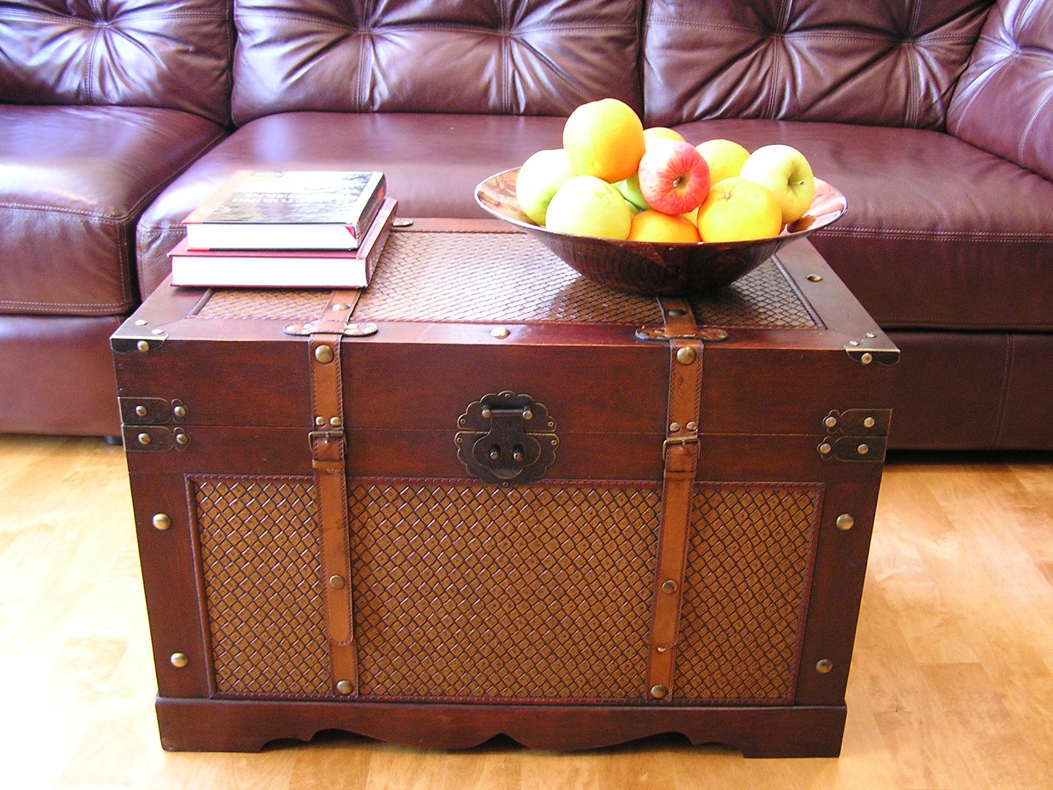 Cambridge Large Wood Trunk And Wooden Treasure Chest Ping S On Decorative Trunks