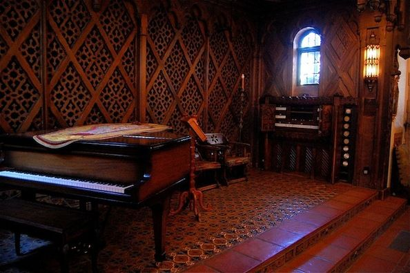 http://www.kcet.org/events/assets_c/2013/05/Scottys%20Castle%20music%20room-thumb-594xauto-50215.jpg