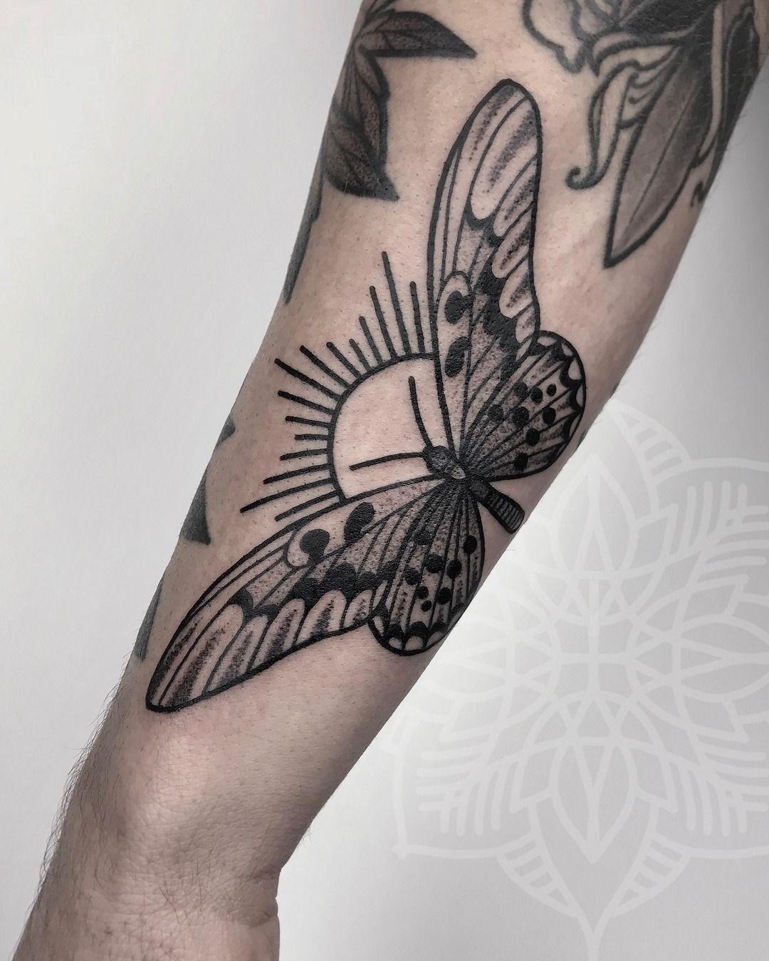 640e4a740 Butterfly Sun Tattoo Artist: sarah herzdame tilldth New York ...