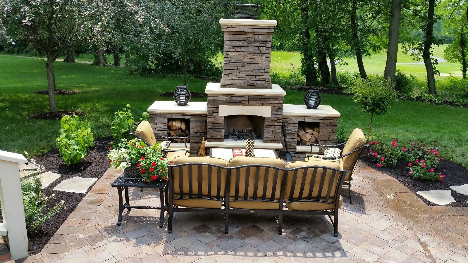 Outdoor Living Outdoor Stone Fireplace And Patio Limestone Caps