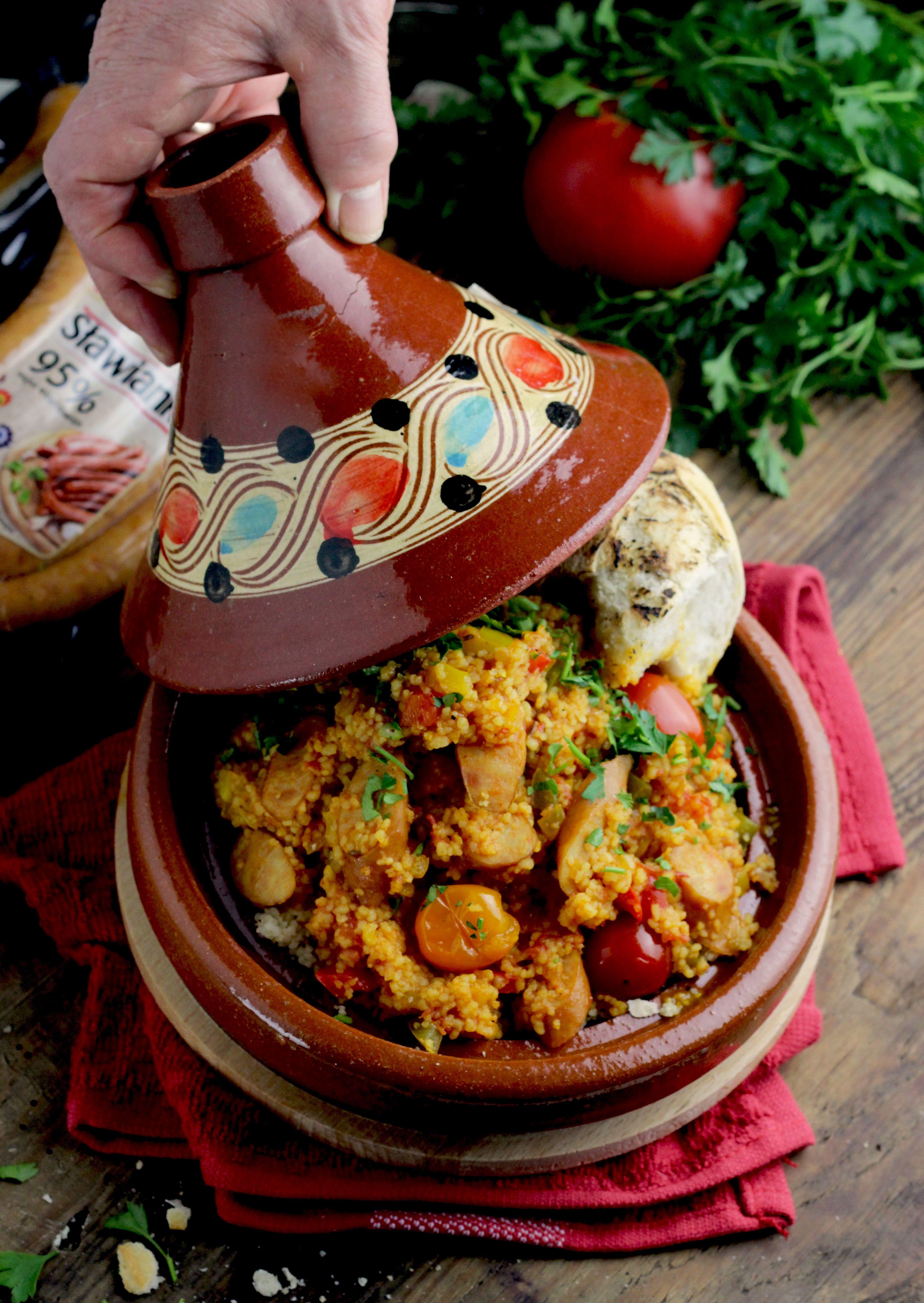 Pikantny Kuskus Z Warzywami I Kiełbasą W Sosie Pomidorowym