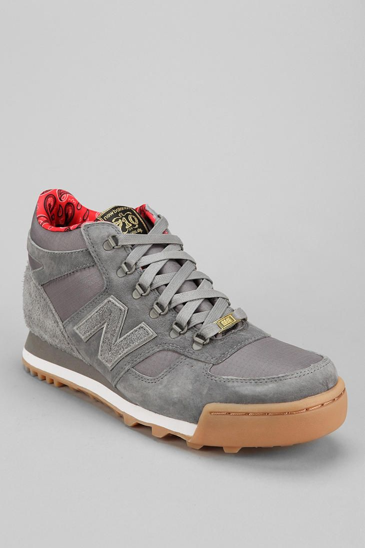 3933338b8b79 New Balance X Herschel Supply Co. 710 Sneaker - Urban Outfitters ...