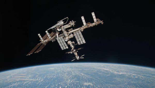 La nueva tripulación de la ISS llevará a cabo más de 50 experimentos científicos
