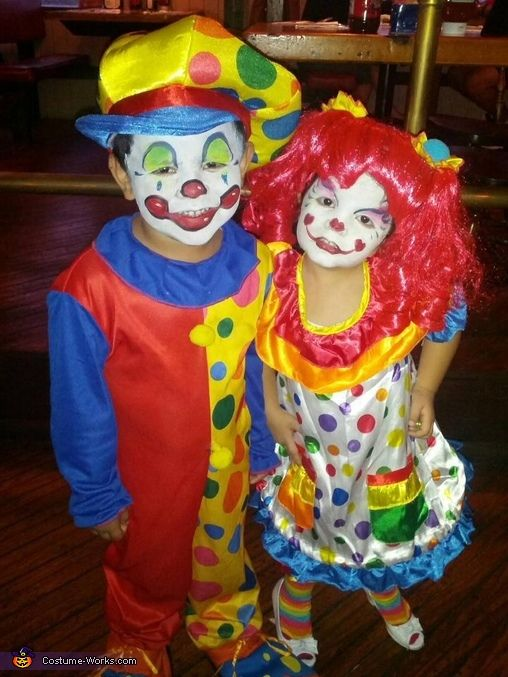 Spunky u0026 Sparkle the Clowns Halloween Costumes  sc 1 st  Pinterest & Spunky u0026 Sparkle the Clowns - Halloween Costume Contest at Costume ...