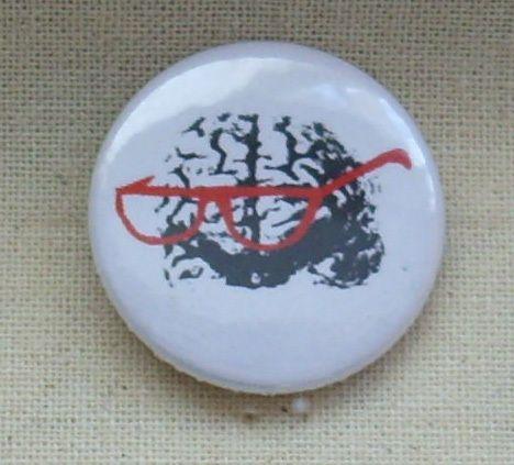 Button - Brain - weiß von MAD IN BERLIN auf DaWanda.com