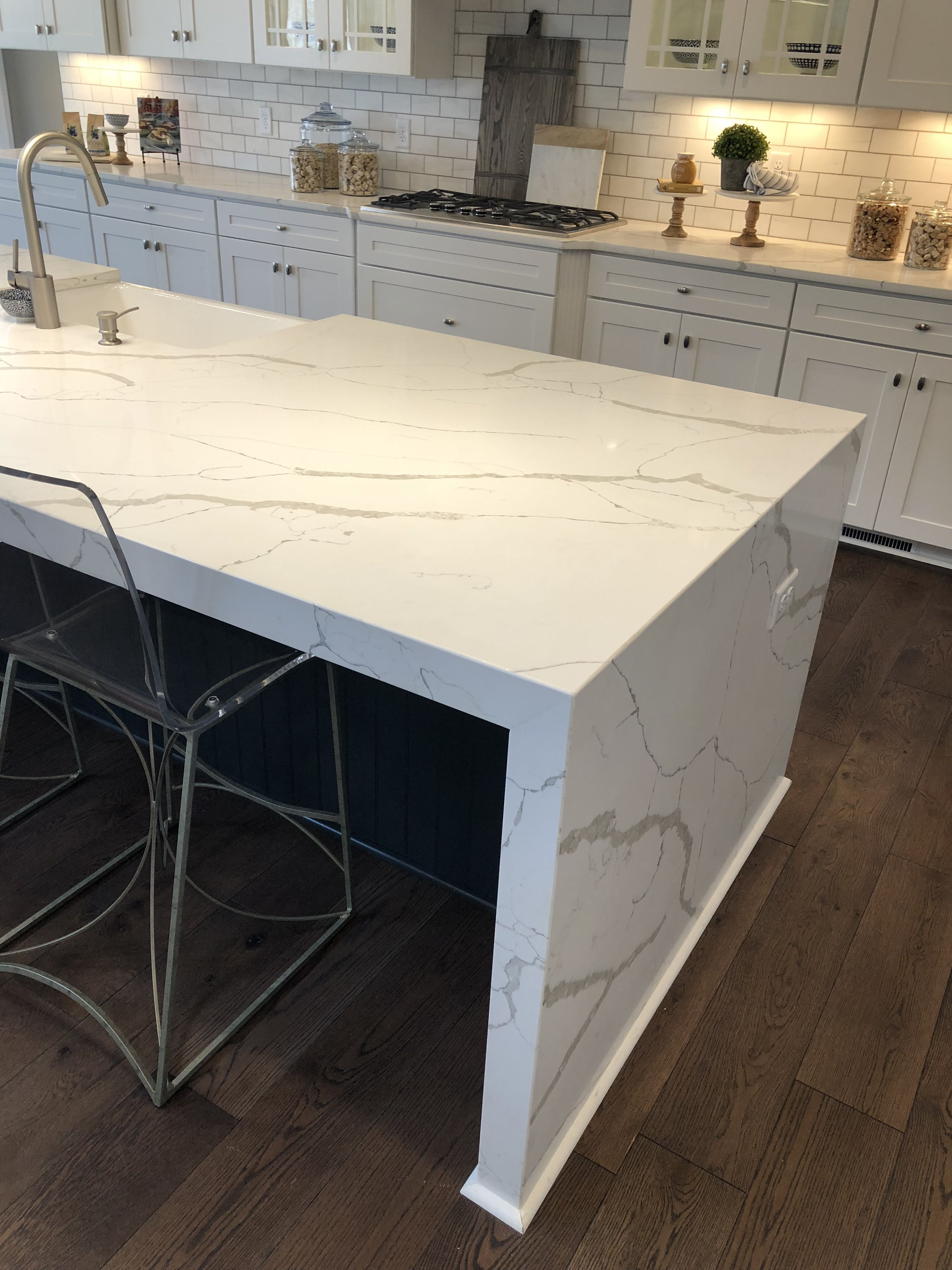 Calacatta Laza Quartz Kitchen Remodel Countertops Kitchen