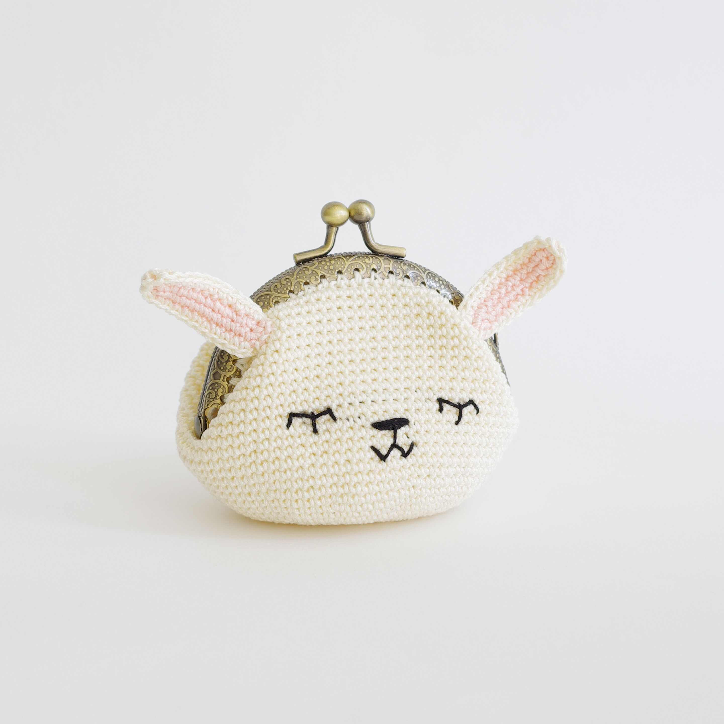 Amigurumi Pineapple Purse - All About Ami | 2880x2880