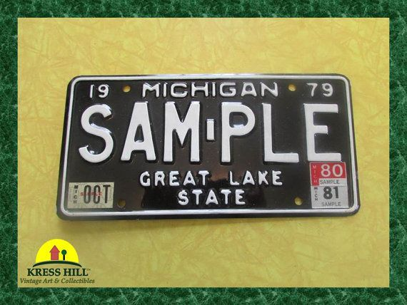 Vintage 1959 Michigan License Plate Tag Authentic Old RARE Consecutive  Numbers