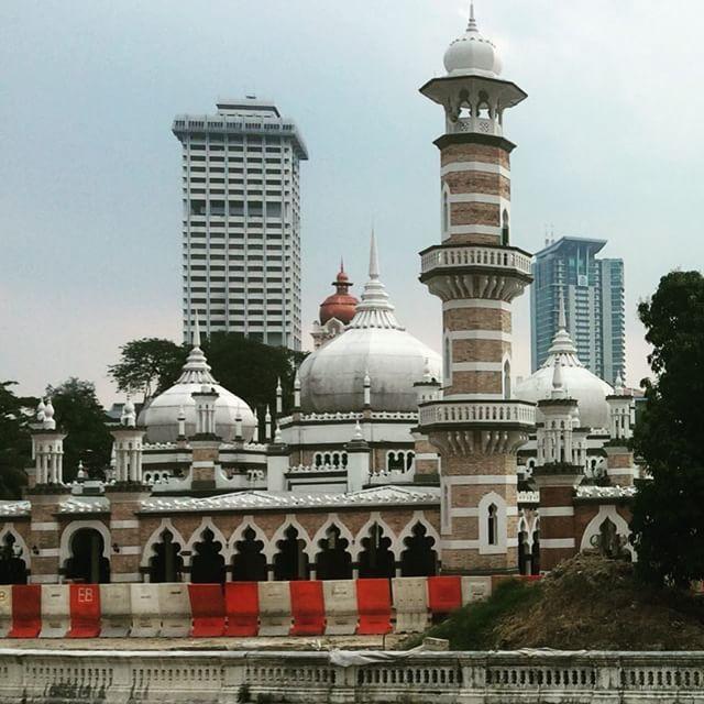 """Masjid Jamek  #malaysia #kualalumpur #nightview #travel #馬來西亞 #吉隆坡 #旅行 #말레이시아 #쿠알라룸푸르 #여행"" Photo taken by @ishideo on Instagram, pinned via the InstaPin iOS App! http://www.instapinapp.com (07/13/2015)"