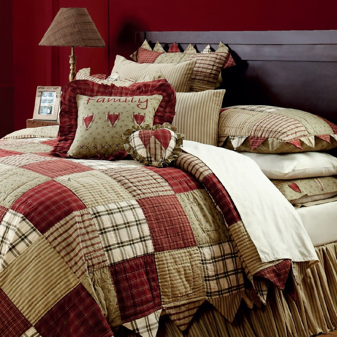 Lasting impressions heartland country quilt comforter co for Bedroom quilt ideas