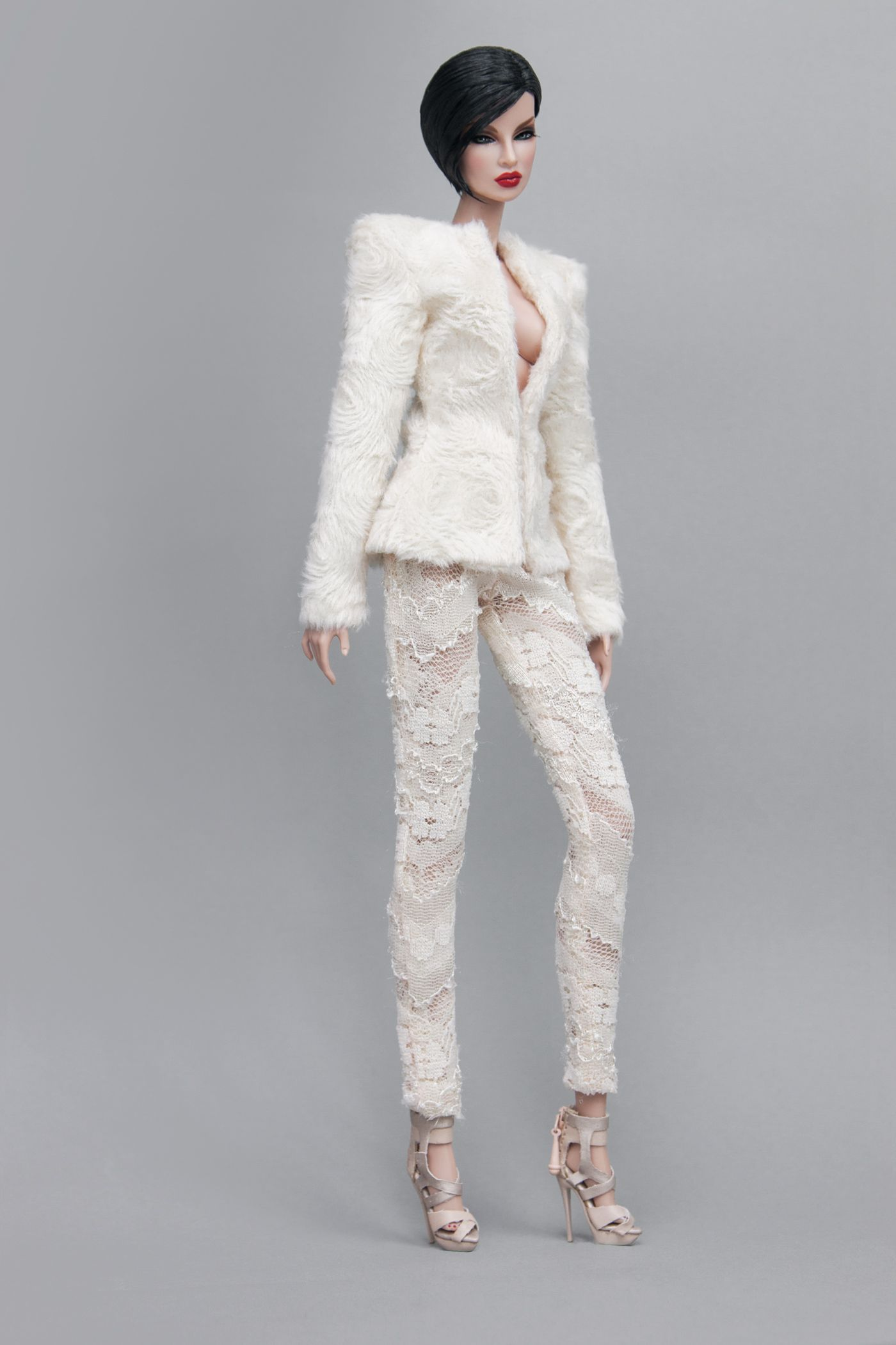 Broad Shoulder Structured Jacket In Cream Faux Fur Skinny Pants In Cream Lace Both Fully Lined