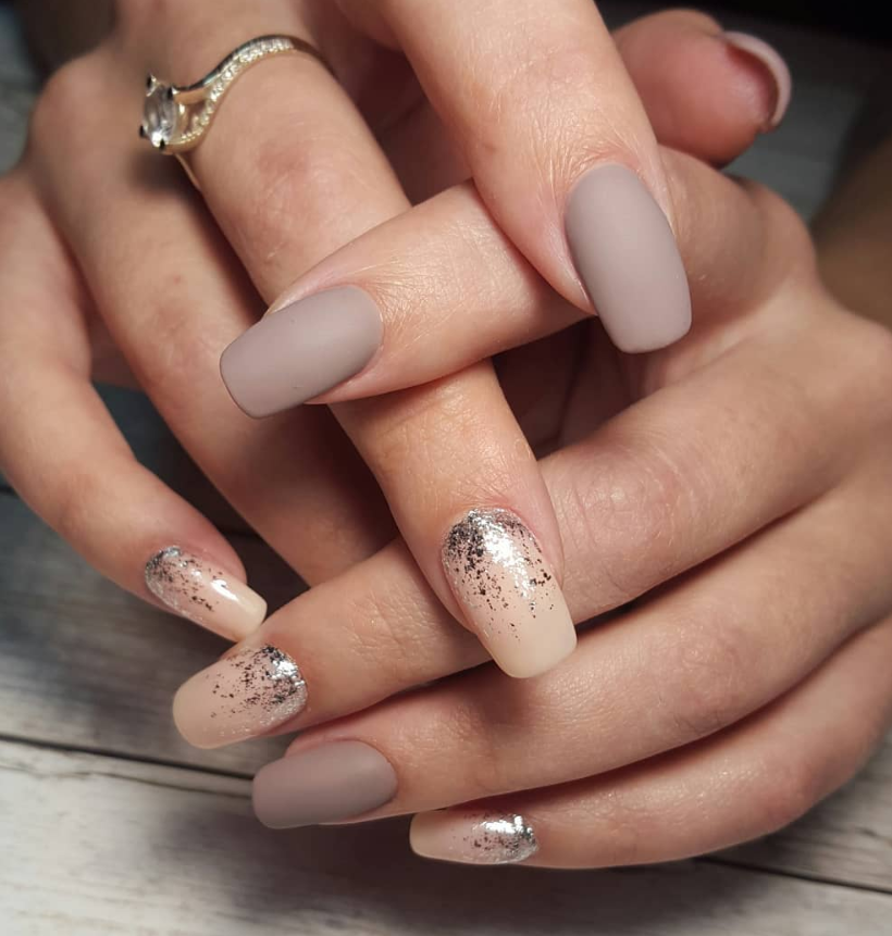 36 Sparkle Glitter Acrylic Nail Designs Ideas For Short Square Almond Nails Page 20 Of 36 Latest Fashion Trends For Woman Square Nail Designs Acrylic Nail Designs Pretty Nail Designs Acrylics
